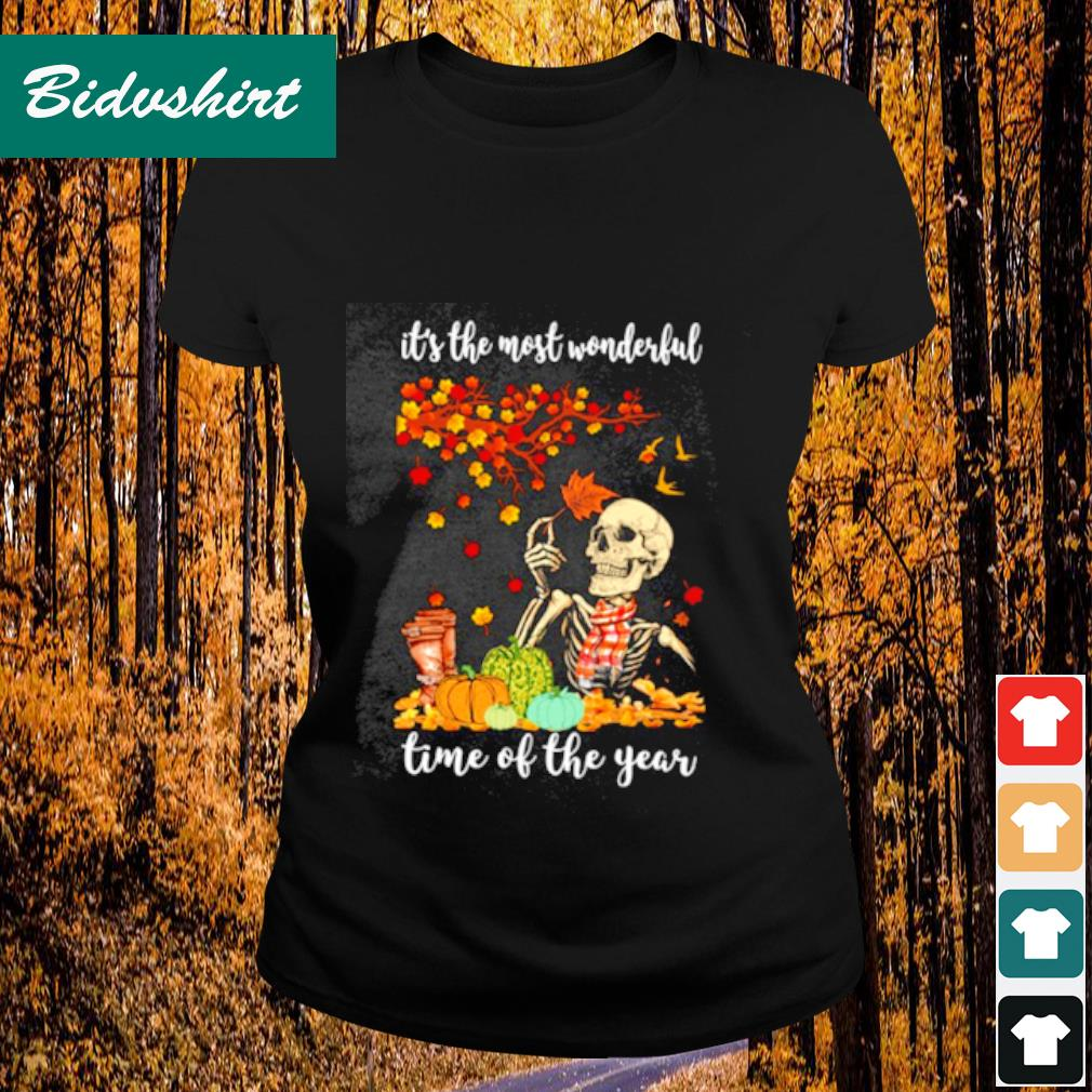It's the most wonderful time of the years s Ladies-tee